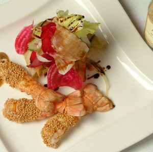 Crunchy salad with langoustines