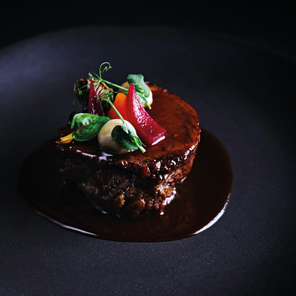 (Français) Paleron de bœuf à la moutarde aux cèpes et au thé fumé